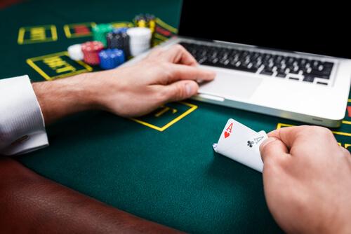 855Crown Casino